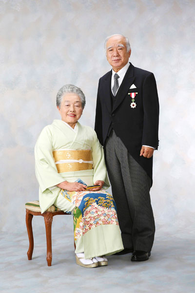 旭日章 叙勲記念写真 ご夫婦 お着物モーニング
