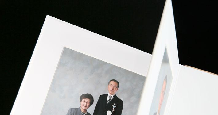 叙勲褒章記念写真 上質なアルバム ブックタイプ vマットタイプ 叙勲褒章の記念写真保管に最適なアルバム